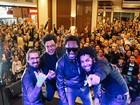 Banda Serial Funkers faz show gratuito em São José dos Campos, SP
