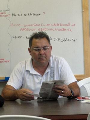 Jucelho Dantas é professor da Estadual de Feira de Santana (Foto: Divulgação)