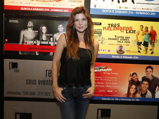 Cristiana Oliveira em estreia de peça no Rio (Foto: Felipe Panfili/ Ag. News)