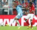 """Fernandinho diz que City terá """"estilo"""" Pep Guardiola na abertura do Inglês"""