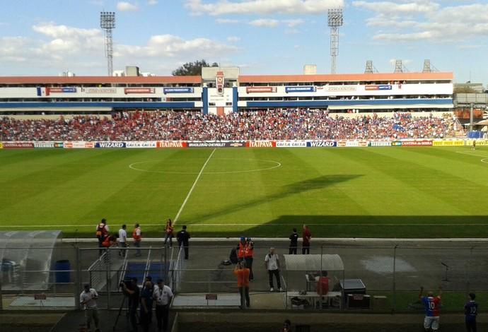 Vila Capanema; Paraná Clube; CRB (Foto: Rodrigo Saviani)