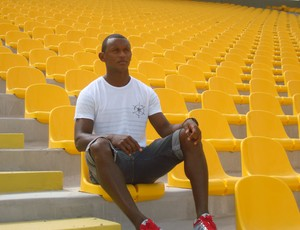 Mimica acompanhou o time de 1997 da arquibancada e hoje espera subir com o Sampaio (Foto: Zeca Soares)
