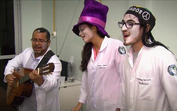 'Pirilampos' levam alegria aos hospitais (Foto: Amazônia Repórter)