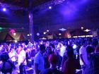 Em Manaus, Studio Disco faz público dançar ao som de 'divas' dos anos 70