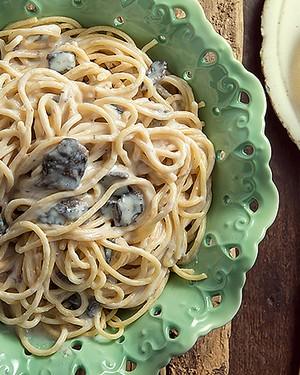 Spaghetti diovaletti ao molho besciamella com cogumelos (Foto: Cacá Bratke/ Editora Globo)