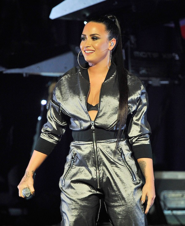 A cantora Demi Lovato em um show na cidade de San José na Califórnia (Foto: Getty Images)