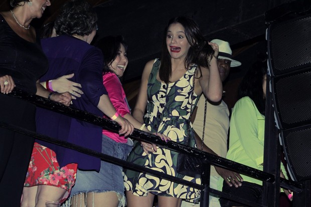 Bruna Marquezine vai a evento no Rio (Foto: Marcello Sá Barretto / AgNews)