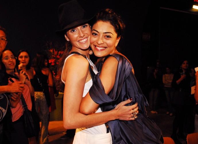 Juliana Paes e Deborah Secco ficaram amigas durante a novela Celebridade de 2003 (Foto: João Miguel Júnior / TV Globo)