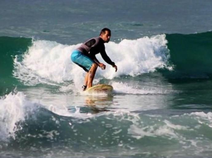 Hassum adotou o surfe como esporte para a vida (Foto: TV Globo)