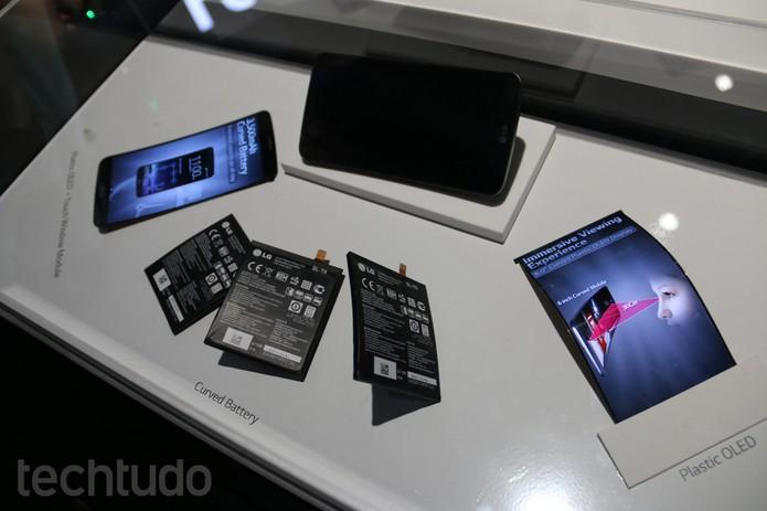 LG G Flex (Foto: Fabricio Vitorino/ TechTudo)