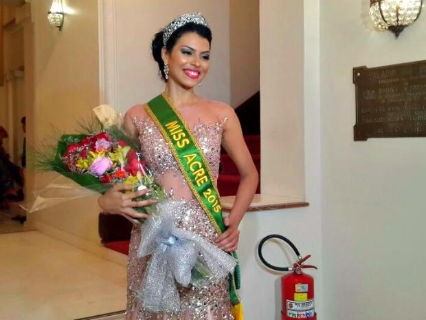 Maxine Silva, de 20 anos, representante de Rio Branco, é a nova Miss Acre 2015 (Foto: Hellen Monteiro/G1)