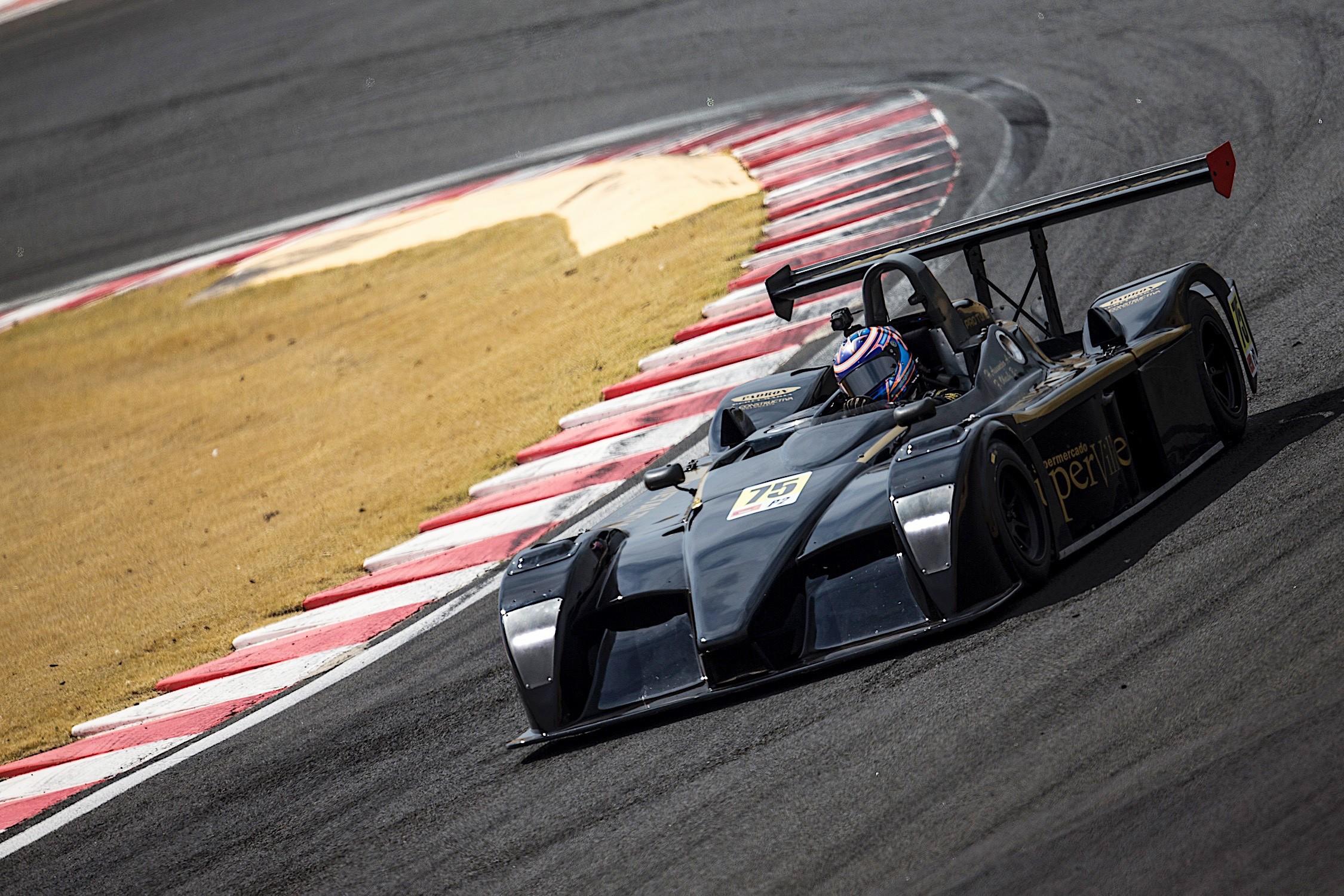 MRX #75 dos pilotos Henrique Assunção_Fernando Ohashi (Foto: Bruno Terena)