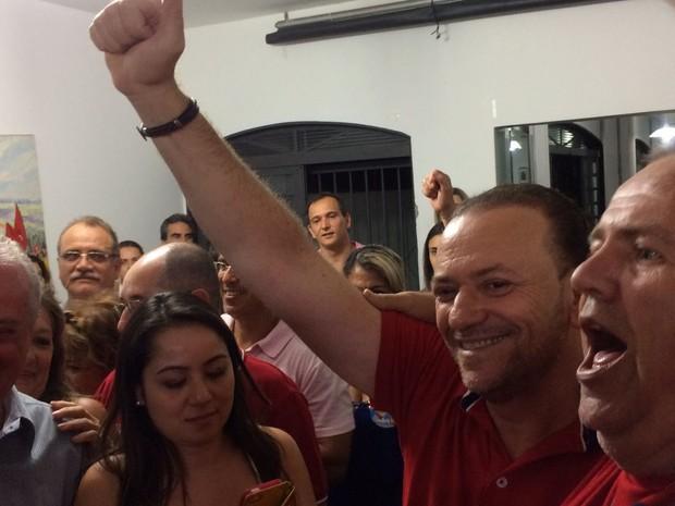 Edinho Silva é eleito prefeito de Araraquara (Foto: Gabriela Martins/ G1)