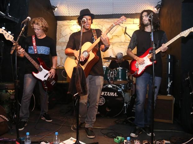 Show da banda Fuse na Zona Sul do Rio (Foto: Roberto Filho/ Brazil News)