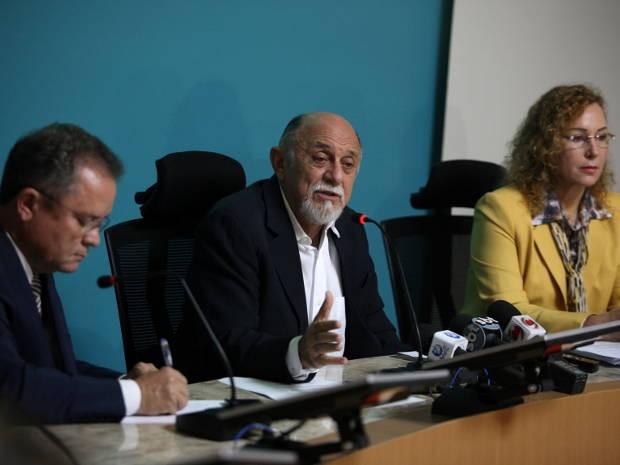 O vice-governador Zequinha Marinho (e) e Simão Jatene anunciaram o secretariado (Foto: Antonio Silva / Agência Pará)
