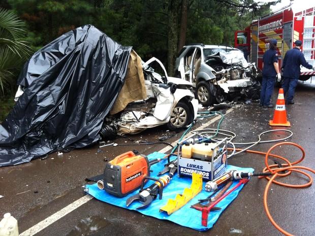 Acidente foi na BR-153, em Irani (Foto: Sandro Devens/Atual FM)
