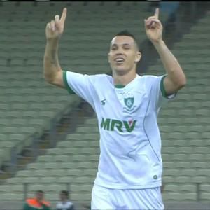 Marcelo Toscano comemora gol marcado contra o Ceará (Foto: Reprodução/Premiere)