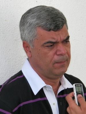 Emmanuel Wanderley diz que Flamel não jogará mais no clube (Foto: Rozendo Aragão/Divulgação-ADC)