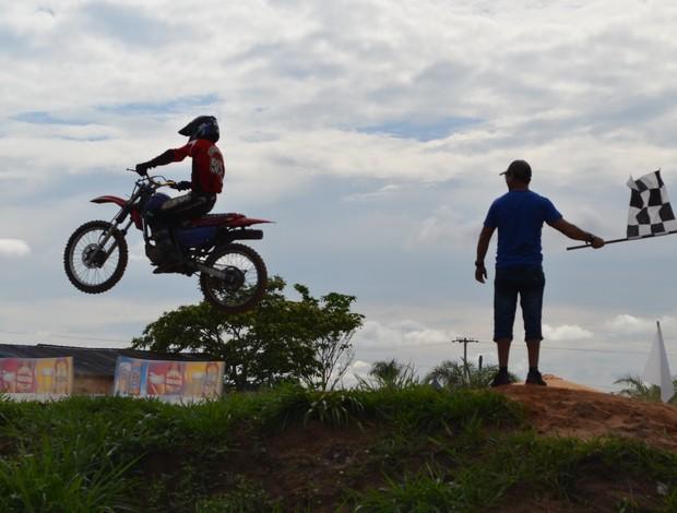 1º Velocross em Guajará-Mirim reuniu mais de 2 mil pessoas (Foto: Leile Ribeiro)