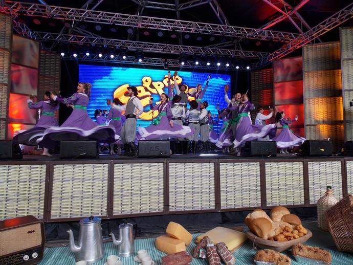 Galpão Crioulo Festa da Uva CTG Campo dos Bugres (Foto: Nice Sordi/RBS TV)