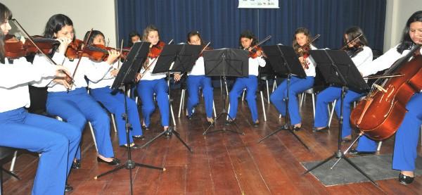 Na Alam, crianças e adolescentes têm atividades no contra-turno escolar (Foto: Alam/Divulgação)