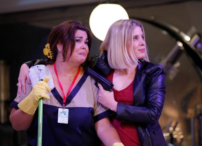 Dani Valente e Fabiana Karla em gravação do piloto do Tomara que Caia (Foto: Artur Meninea/Gshow)