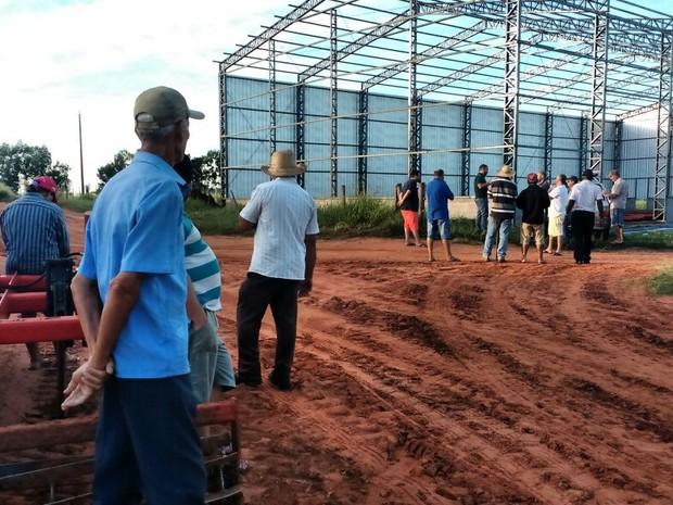 Sem-terra invadiram fazenda em Presidente Bernardes, neste sábado (18) (Foto: Maurício Ribeiro da Silva/Cedida)