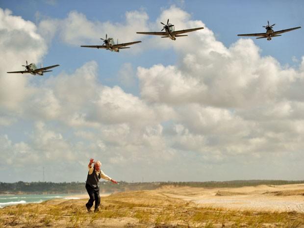 Cena inicial de Flor do Caribe exigiu sincronia da equipe com os caças (Foto: Salve Jorge/TV Globo)