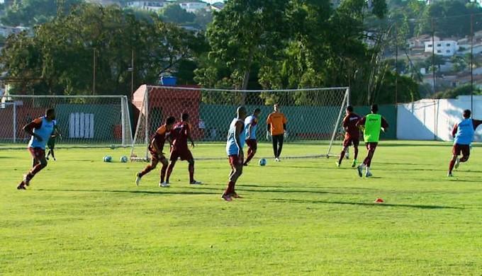 Boa Esporte treina no CT da Rua Paraná (Foto: Reprodução EPTV)