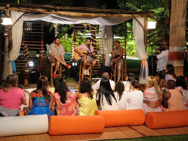 Showzinho particular no TV Xuxa de férias (Foto: TVGlobo/Blad Meneghel)