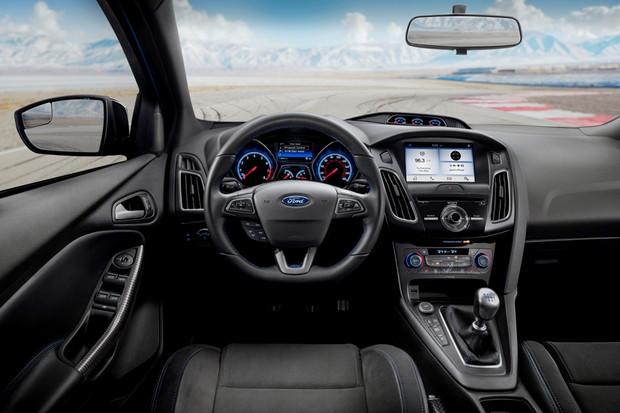 Ford Focus RS 2018 (Foto: Divulgação)