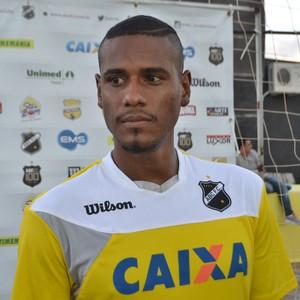 Leandro Amaro, zagueiro do ABC (Foto: Jocaff Souza/GloboEsporte.com)