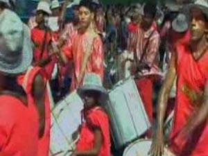 Prefeitura de Lorena cancela carnaval alegando problemas financeiros (Foto: Reprodução/TV Vanguarda)