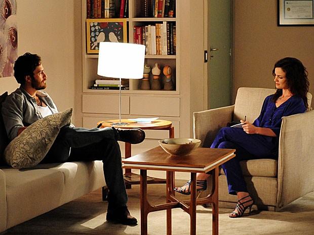 Rodrigo admite sentir algo forte por Miriam em consulta com Beatriz (Foto: Divulgação/TV Globo)