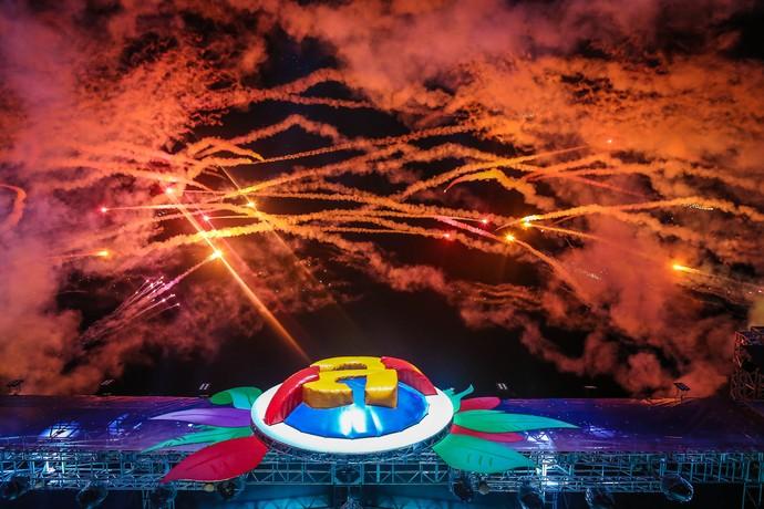 Show de fogos recebeu Safadão no Planeta (Foto:  Jefferson Bernardes / Agência Preview )