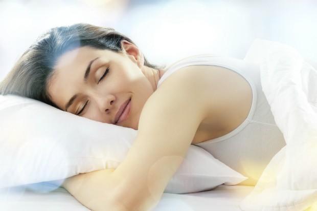 """Estudo realizado na Inglaterra mostrou que o sono tem um impacto direto na """"felicidade individual""""  (Foto: Thinkstock)"""