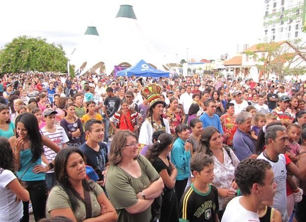 RPC TV na Praça Ponta Grossa (Foto: Jheyson Wilson Dareli/RPCTV)
