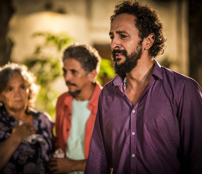 Bento diz que não se controlou ao ver namorada com um Saruê (Foto: Inácio Moraes/Gshow)