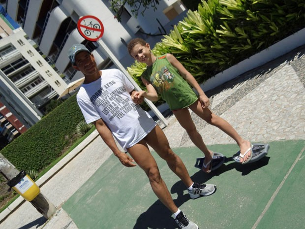 Valdenício cobra ciclovia e Renan, mais espaço para brincar (Foto: Luna Markman / G1)