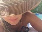 Eliana posa de biquíni durante férias e recebe elogios: 'Samba nas inimigas'