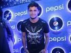 Bruno Gissoni vai a mesmo camarote que Yanna Lavigne no Rock in Rio