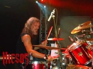 Marcello Ledd é baterista da banda Hicsos, de heavy metal (Foto: Divulgação)