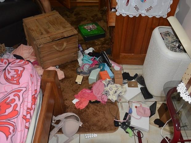 Roubo em Jaru ocorreu após homens invadirem casa (Foto: A Notícia Mais/Reprodução)