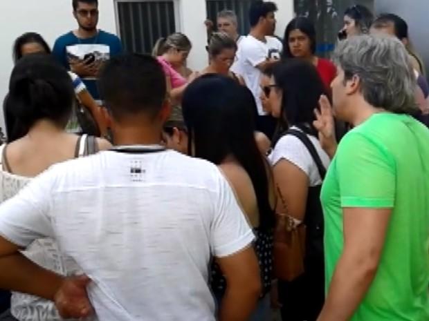 Candidatos acionam MP para apurar confusão em concurso em Alfenas (Foto: Reprodução EPTV)