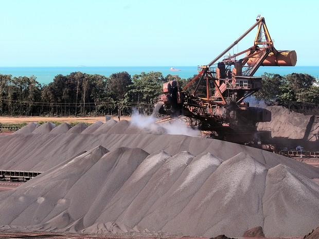 Usina em Ubu, Espírito Santo, transforma minério em pelotas (Foto: Bernardo Coutinho/ A Gazeta)