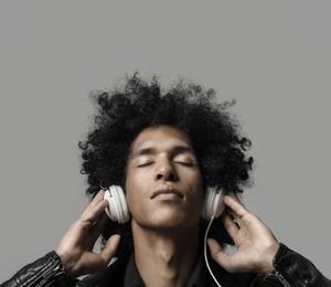 São raras as pessoas que não gostam de música (Foto: Thinkstock)