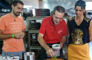 Aprenda a preparar uma boa moqueca capixaba; receita (Domingão do Faustão / TV Globo)