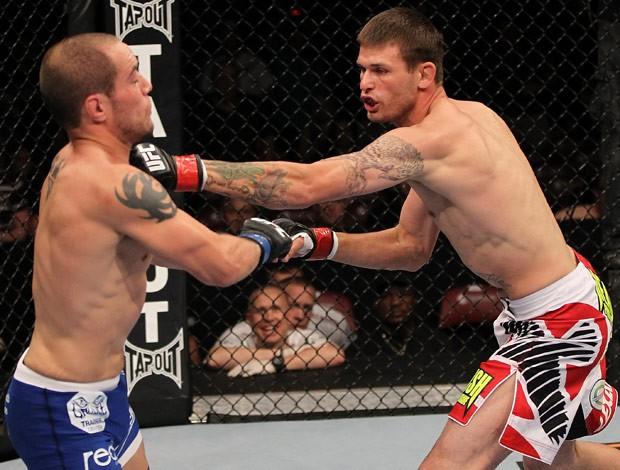 Tim Means x Justin Salas UFC (Foto: Agência Getty Images)