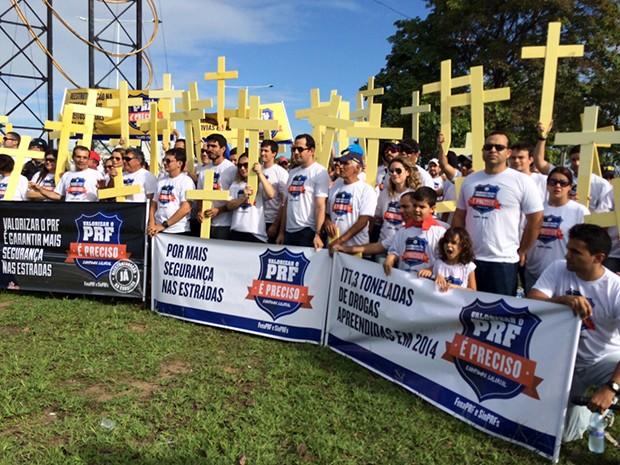 Policiais rodoviários protestaram por valorização dos profissionais de segurança pública (Foto: Divulgação/ SINPRFRN)