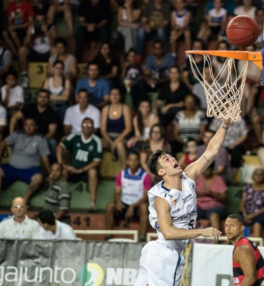 oficial (Caio Casagrande / Bauru Basket)